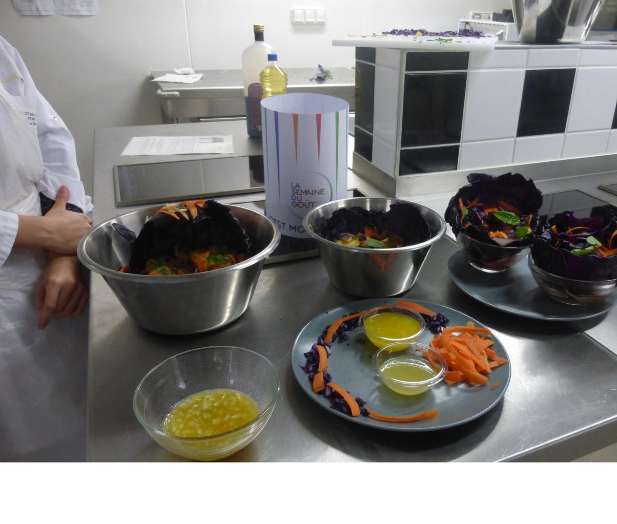 Dans une cuisine pédagogique (lycée)