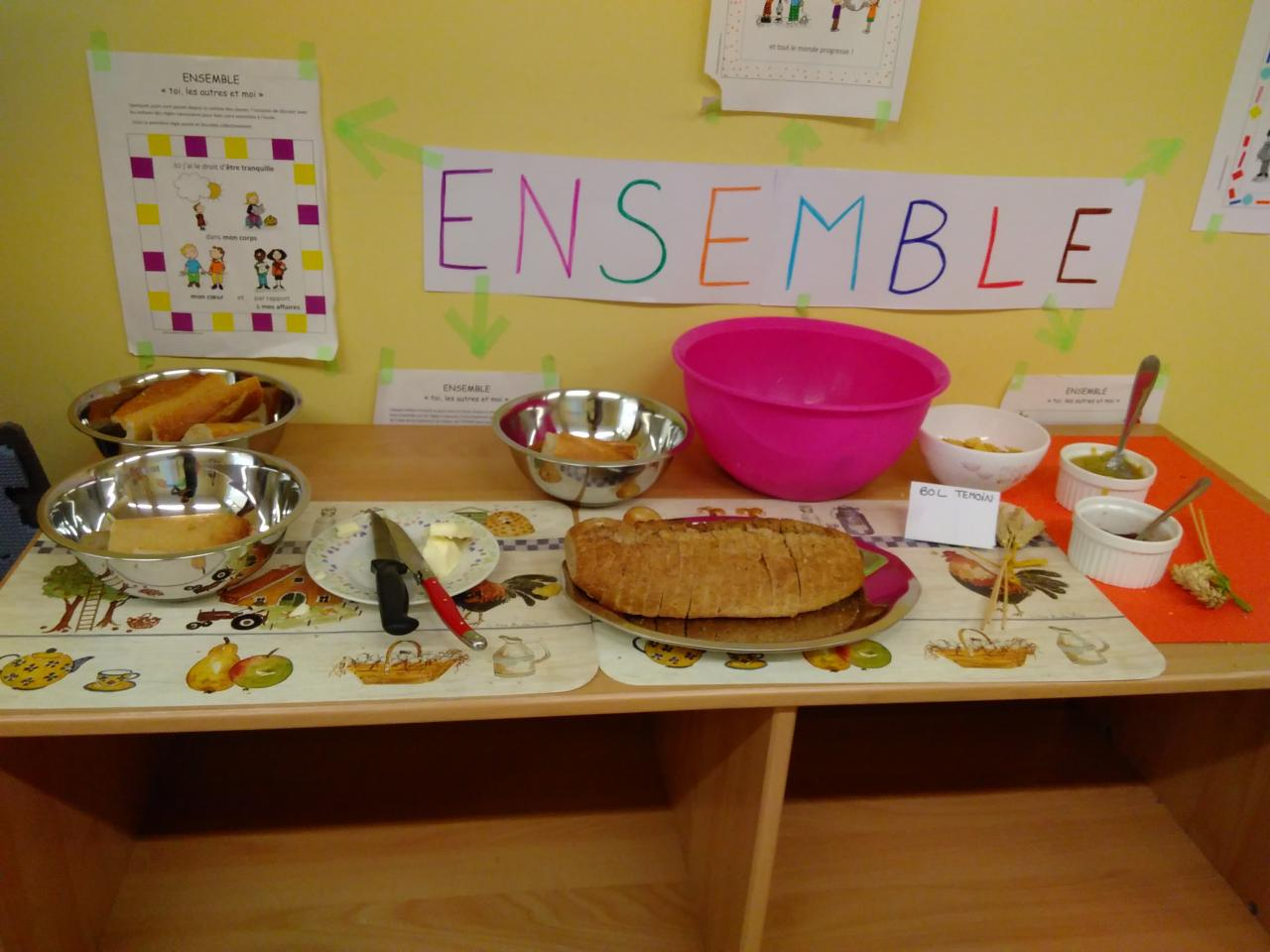 """Petit déjeuner pédagogique : table """"Céréales"""" classe maternelle"""